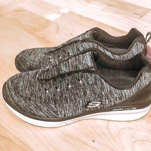 Sketchers memory foam sneakers
